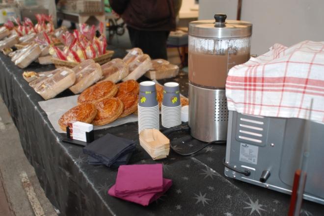 Les galettes et cakes de la nouvelle commerçante ... plus d'informations prochainement sur cette chef pâtissière